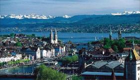 Vista a los Alpes, en Zurich, Suiza